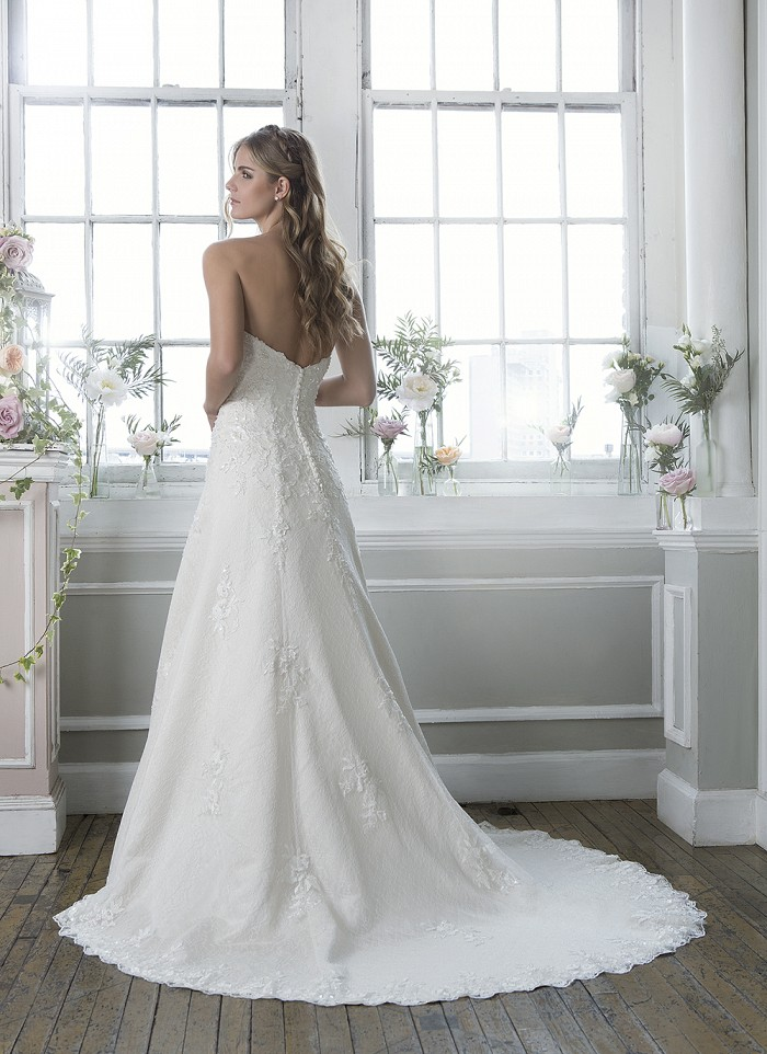 Lillian West 6384 - Off the Rack Bridal - The Blushing Bride boutique in Frisco, Texas