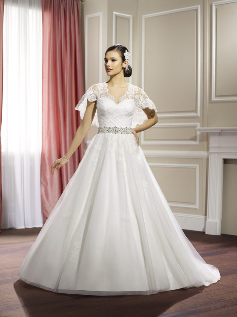 Moonlight J6324 - The Blushing Bride Boutique / Off the Rack