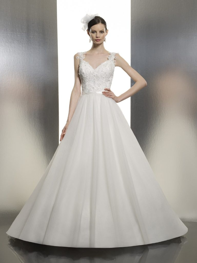 Moonlight T634 - The Blushing Bride Boutique / Off the Rack