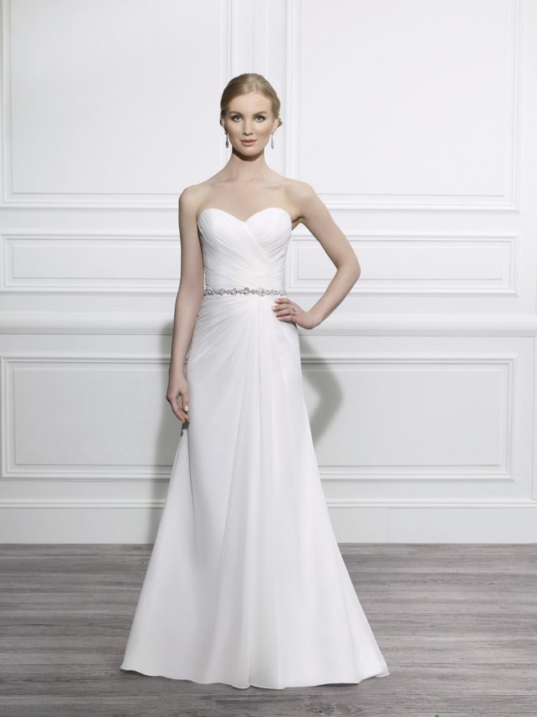 Moonlight T656 at The Blushing Bride Boutique / Off The Rack