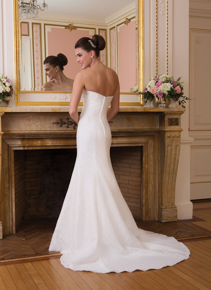 Sweetheart 6008 Back at The Blushing Bride Boutique / Off the Rack