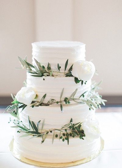 olive-branch-wedding-cake