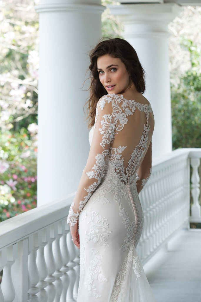 Sincerity Bridal 3936 - The Blushing Bride boutique in Frisco, Texas for Plus Size Wedding Gowns