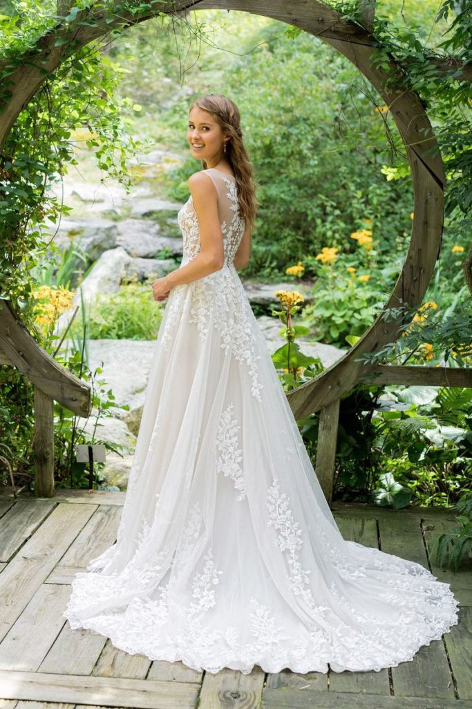 Lillian West – Boho Chic and Romantic Wedding Gowns – The Blushing ...