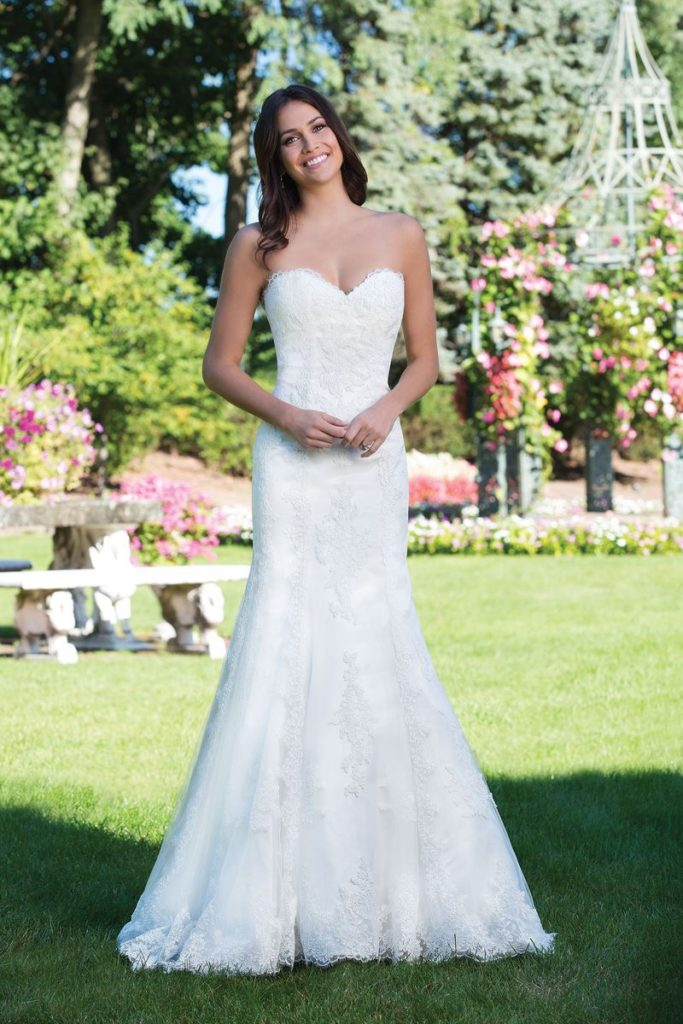 Sincerity Bridal 3926 - The Blushing Bride boutique in Frisco, Texas