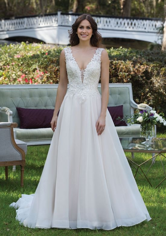 Sincerity Bridal 3941 - Off the Rack / Clearance - The Blushing Bride Boutique in Frisco, Texas