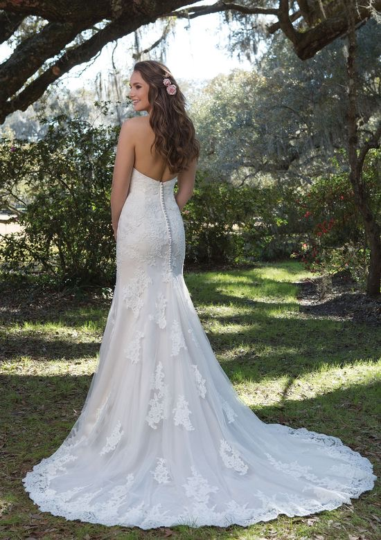 Sweetheart Gown 6167 - The Blushing Bride Boutique in Frisco, Texas