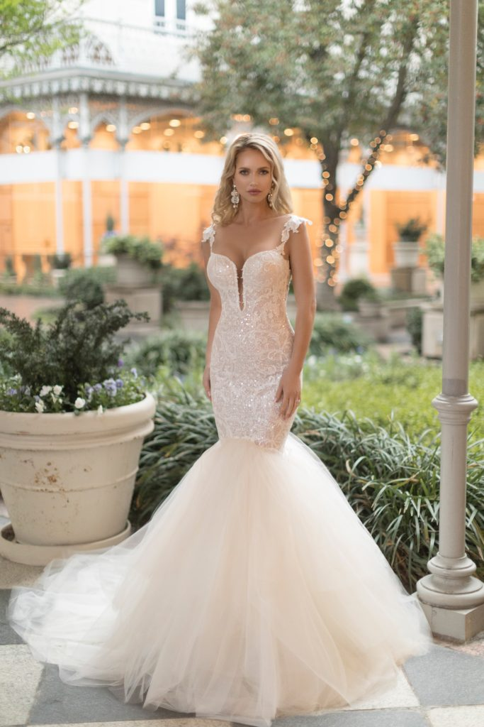 Vogue by Naama & Anat Couture, Color as Shown, Size 6/8, $3,335